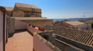 House with terraces Ortygia Via Roma