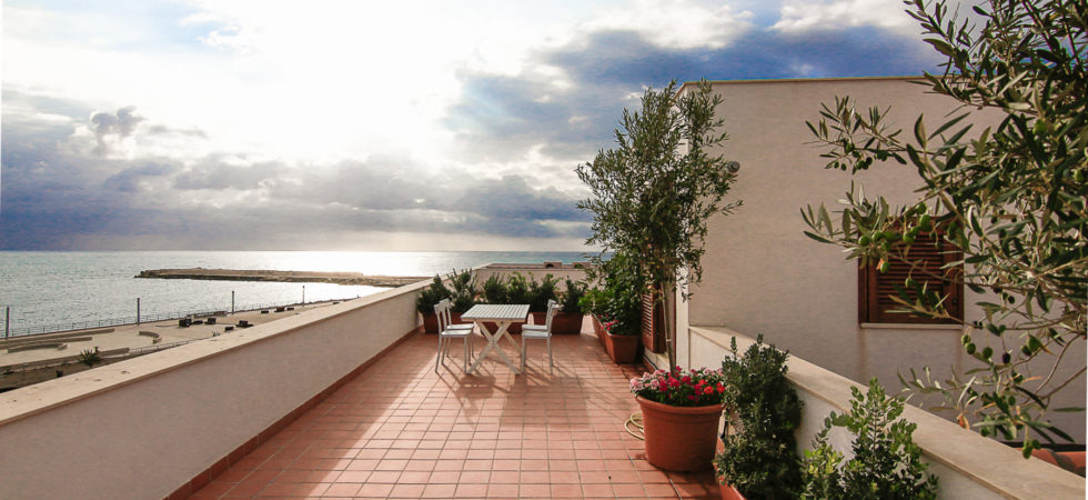 Ortygia House with sea view terrace